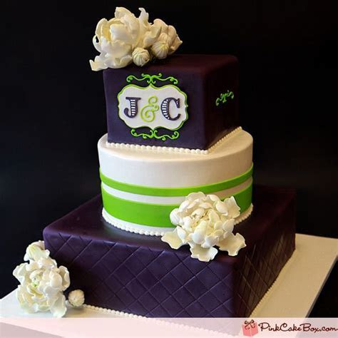 1000  ideas about Monogram Wedding Cakes on Pinterest