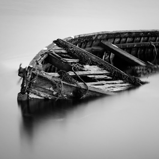 One Photo | The Abandoned Boat of Carbost, Skye, Scotland | Travel Photography