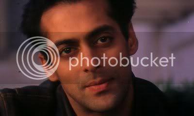 http://i298.photobucket.com/albums/mm253/blogspot_images/Pyaar%20Kiya%20To%20Darna%20Kiya/PDVD_011.jpg