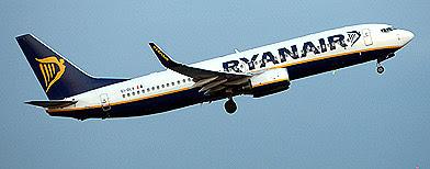 A Ryanair plane (PA)