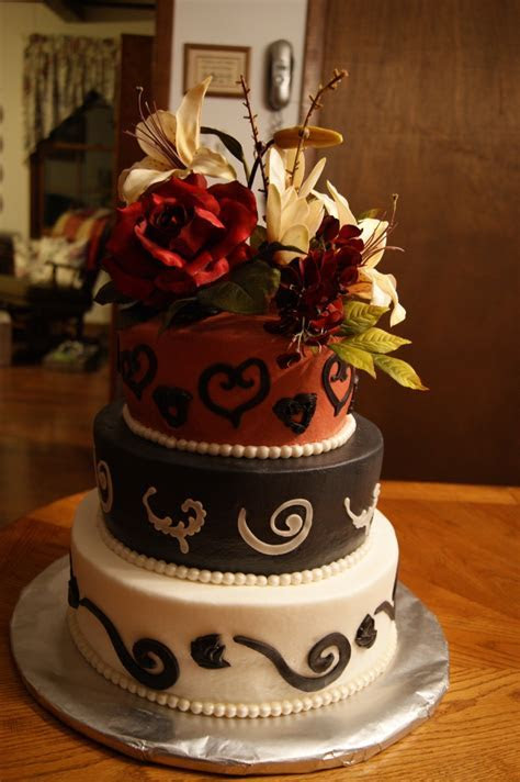 Wedding & Grooms Cake Combo   CakeCentral.com