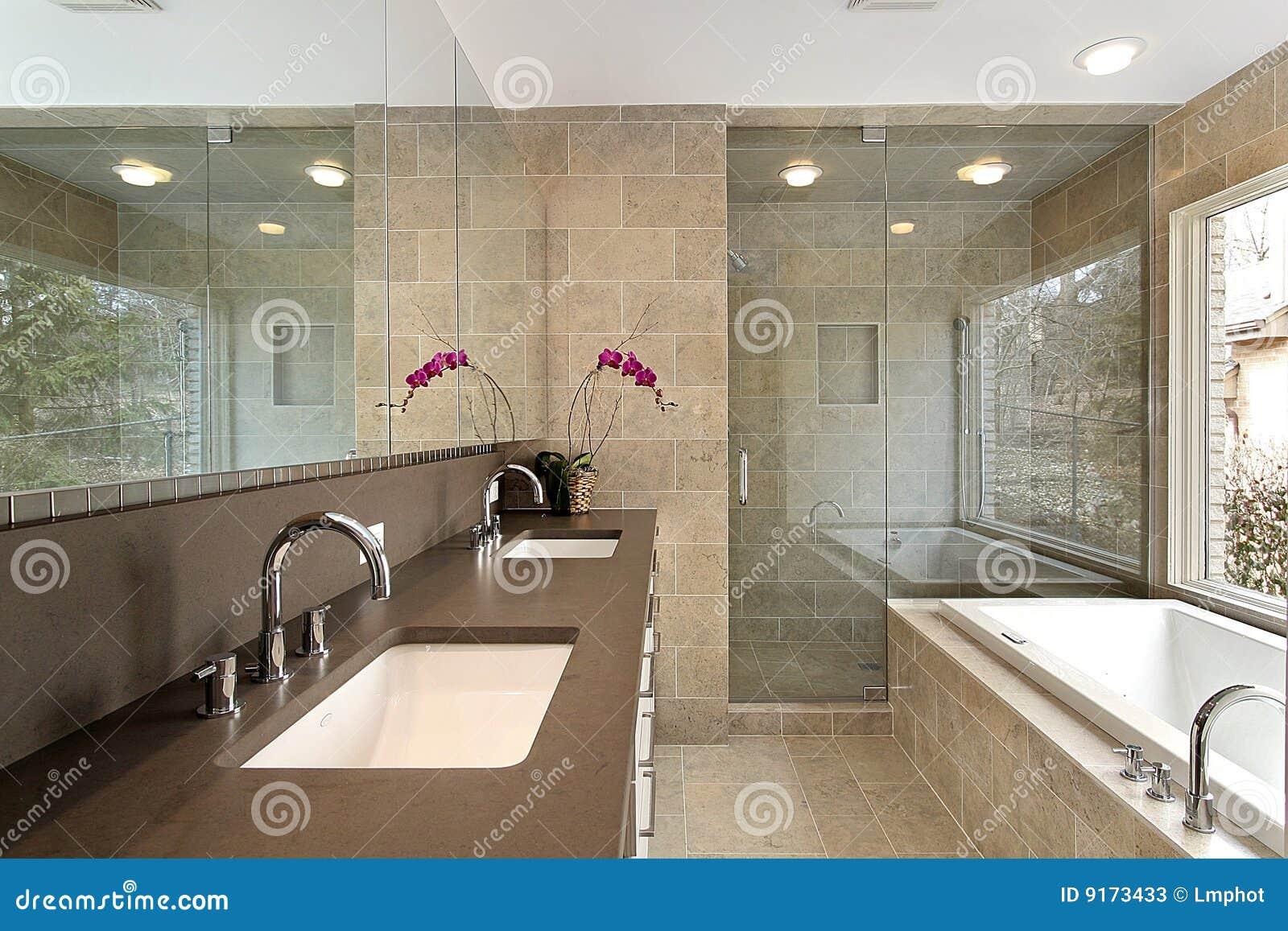 Master Bath In Luxury Home Stock Photos - Image: 9173433