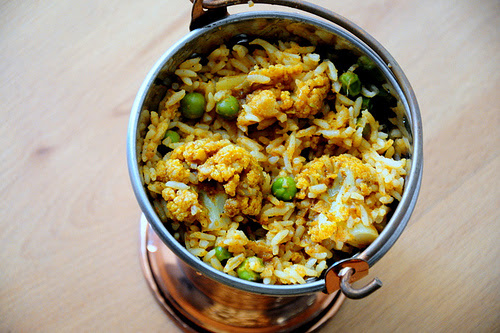 Super Quick Cauliflower / Gobi Biryani Recipe - Edible Garden