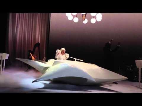 lady gaga live al ballo per lo staff di obama, video
