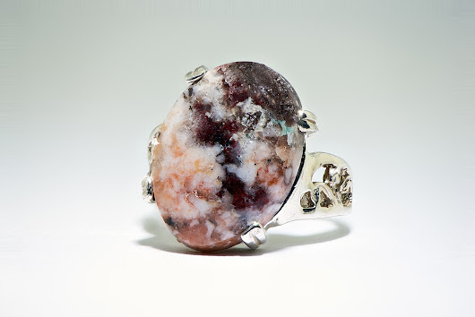 CAMPBELLITE JEWELRY - AMAZING GEMSTONE RING - CLEANSING, POWER, & REJUVENATION FOR YOUR 3 BODIES
