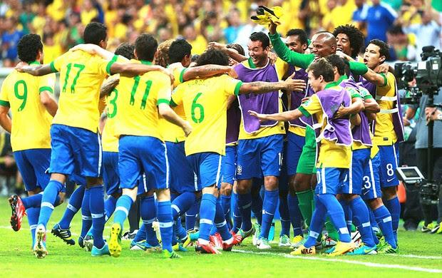 Comemoração do Brasil contra o Japão (Foto: Getty Images)