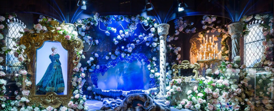 best-window-displays_galeries-lafayette_2013_christmas_03