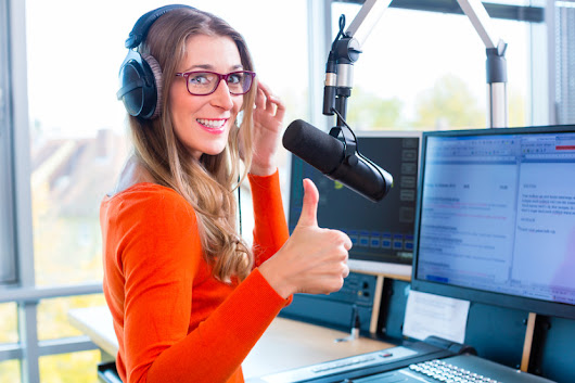 Does Your Website Pass the Radio Test? | Author Media