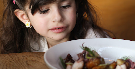 Four-Year-Old Reviews Plum Restaurant (with her face)