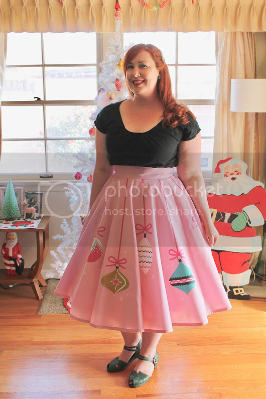 Sewing Project: Retro Ornament Circle Skirt