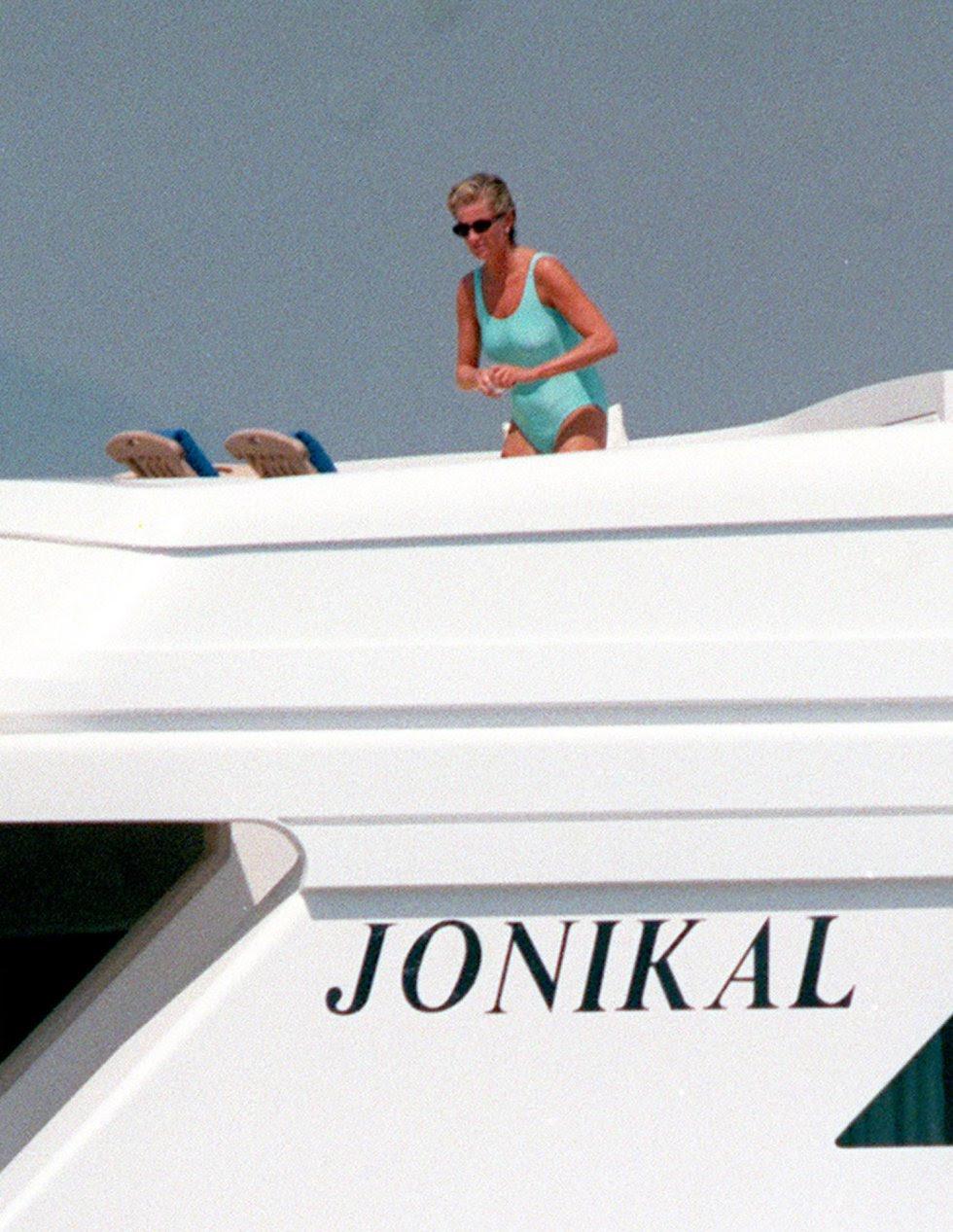 Diana en el verano de 1997 en la Costa Azul, días antes de su muerte.
