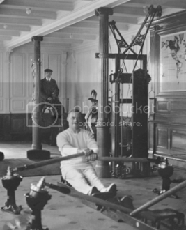 Photo of the Titanic's gymnasium