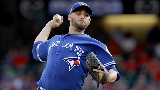 Blue Jays beat Rangers in Game 1 of ALDS