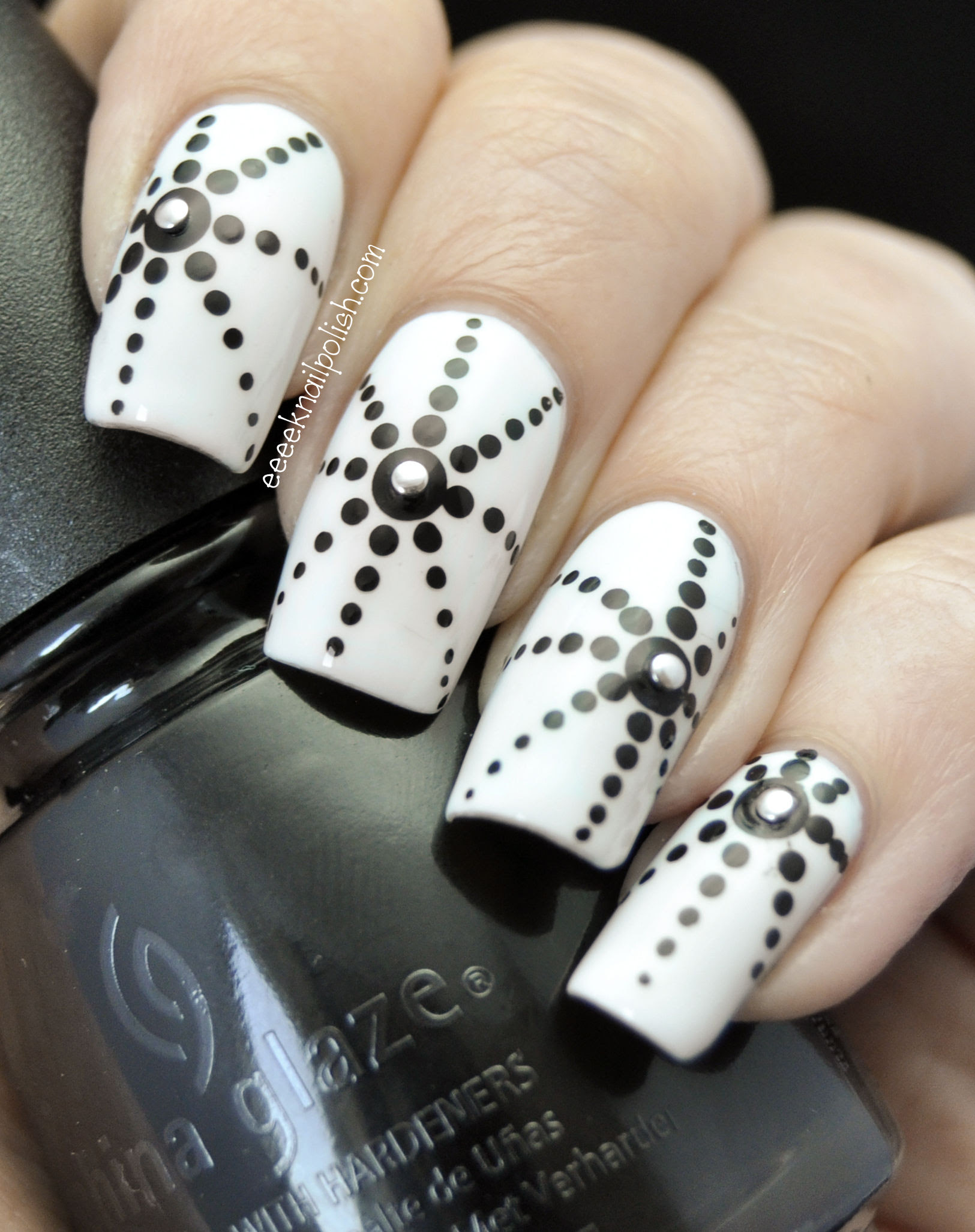Black And White Nails Looking FANCY - Nail Art Design Ideas Collection