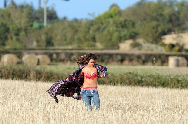 Rihanna New Video Shoot in…