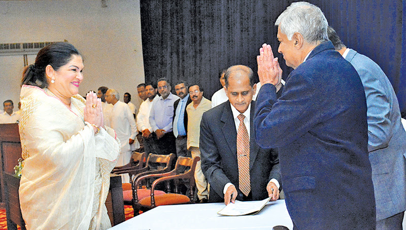Rosy becomes first female Mayor of Colombo
