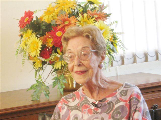 NANCY PHULMANN DI GIROLAMO
