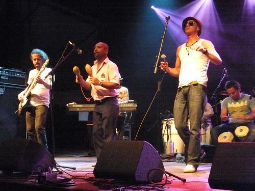 LA-33 at Ottawa Bluesfest 2011