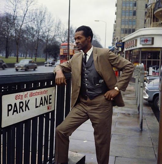 Chuck Berry at Park Lane in London in 1965. • r/OldSchoolCool