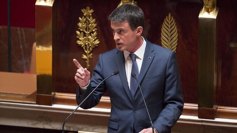 Par trois fois, Manuel Valls utilisera le 49.3 pour faire passer la loi travail.