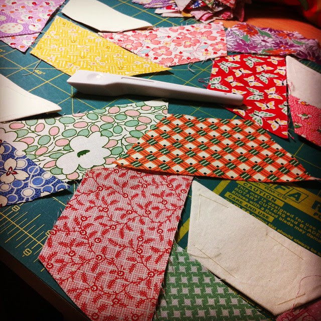 The last pieces of the twisted hexagon quilt