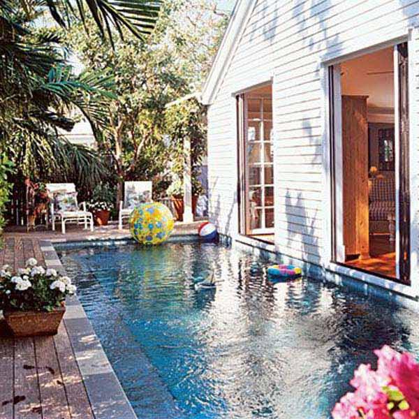 Small-Backyard-Pool-Woohome-12