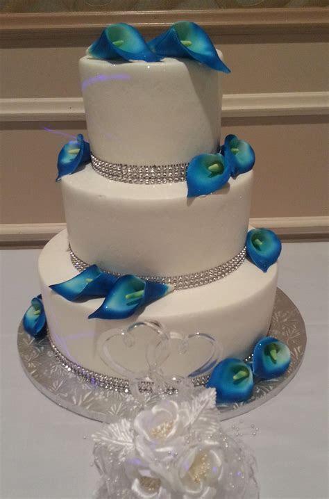 Calumet Bakery Cobalt Blue Calla Lilly Cake   Wedding
