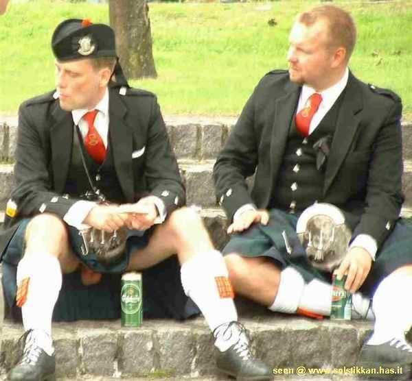 kilt accidente al aire humor falda escocesa