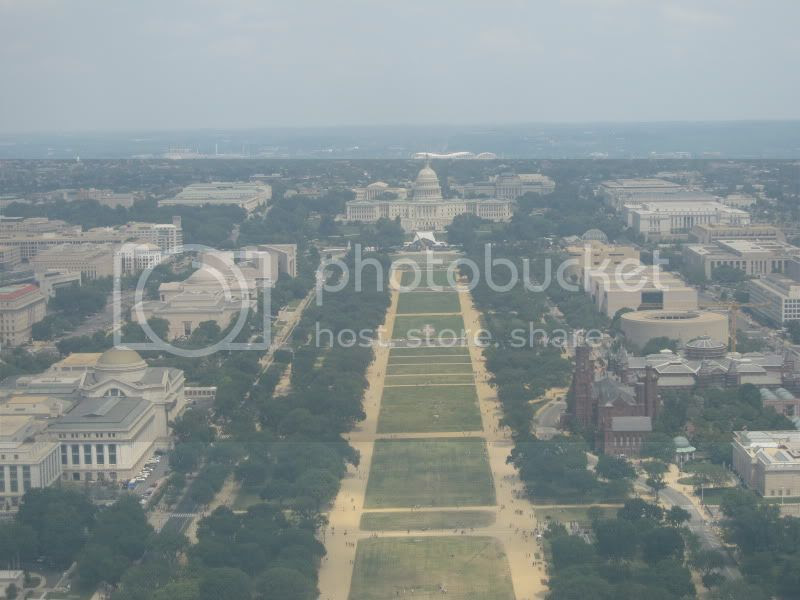view of the capital from the washington monument