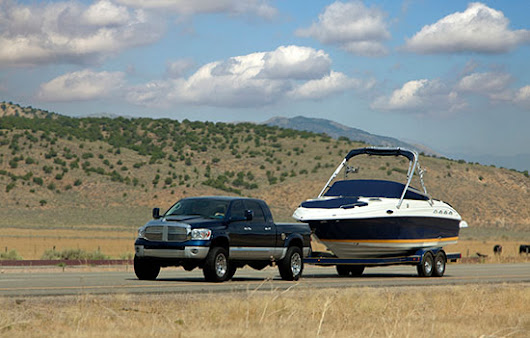 How to Help Trailer, Tow and Launch Your Boat Safely