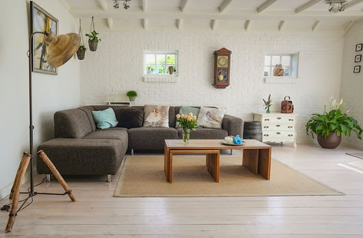 How to Arrange Your Living Room Furniture for Maximum Decor