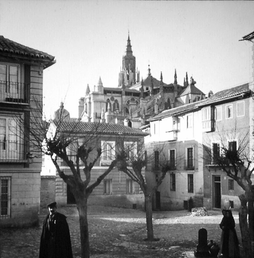 Plaza de San Justo de Toledo a finales del siglo XIX. Fotografía de Alexander Lamont Henderson