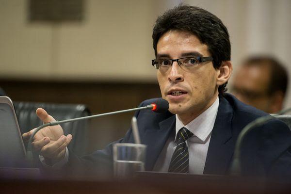 O procurador Patryck Ayala quer reduzir valor de bloqueios