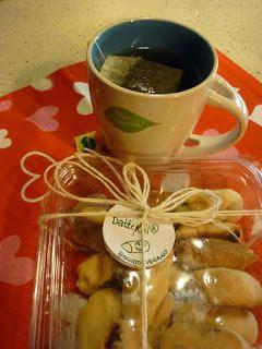 http://30metriquadri.blogspot.it/2013/01/datteroll-ovvero-i-biscotti-maamoul-del.html