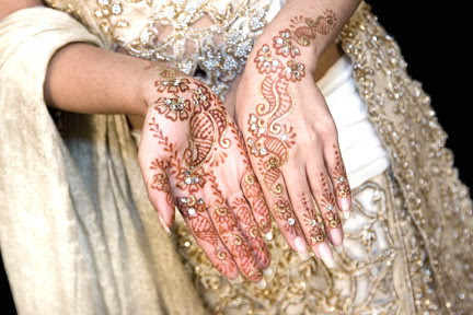 HENNA-BRIDAL-MEHNDI-DESIGNS-7
