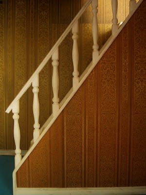 Vintage Lundby dolls' house stair case with white plastic rails.