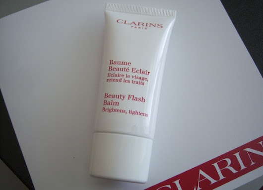 How To Use Clarins Beauty Flash Balm