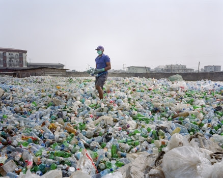 Plastics pose biggest threat to oceans | Africa Renewal Online