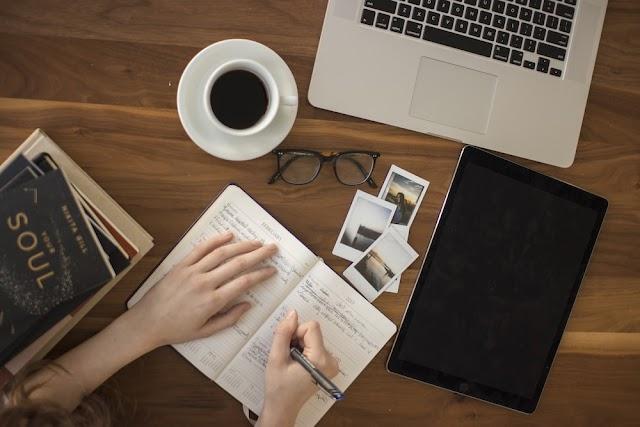 《顧客服務》三個贏得客戶信任的方法:從主管如何授權引導團隊開始。