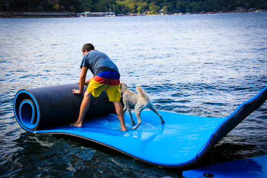 Best Floating Water Mats Review In 2018 - A Definitive Guide