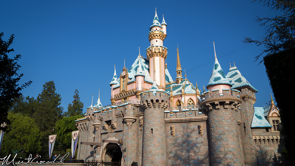 Disneyland Resort, Disneyland, Sleeping Beauty Castle, Snow, Christmas