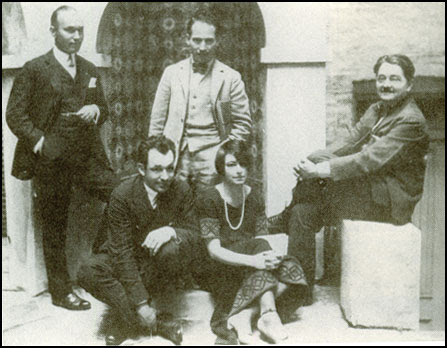 Charles MacArthur and Dorothy Parker with Arthur Samuels, Harpo Marx and Alexander Woollcott (1924)