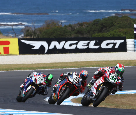 Ducati Superbike Team: Phillip Island, Promising Start to 2014 Season