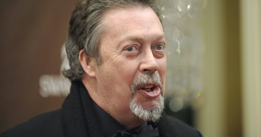 If you ask Alexa, Tim Curry will read you 'A Christmas Carol'
