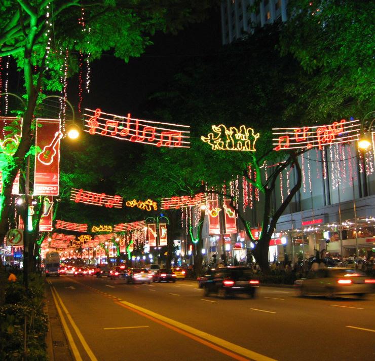 """Em Singapura, a movimentada e bela Orchoa Road não passa desapercebida."""""""