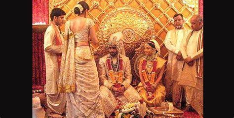 Aishwarya Rai  Abhishek Bachchan celebrate 9th wedding