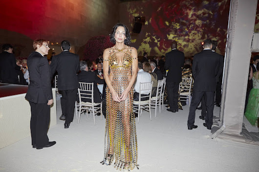 This Is What It Looks Like When Artificial Intelligence Designs a Dress for the Met Gala