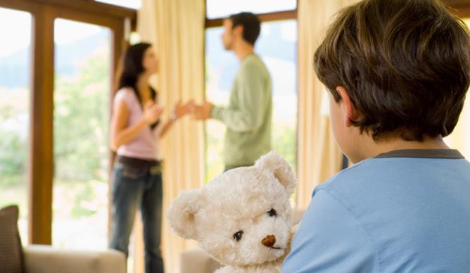 El Supremo establece que los desplazamientos al recoger y devolver a los hijos del domicilio del otro, dentro del régimen de visitas, deben repartirse equitativamente