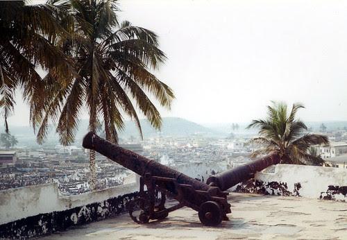 cape-coast-castle-cannon