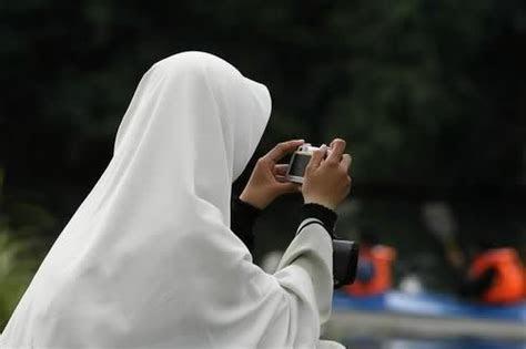 check   ciri ciri wanita sholehah  muslimah